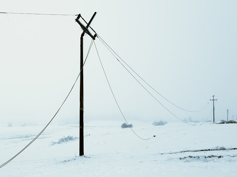 Power emergency with ice on power lines